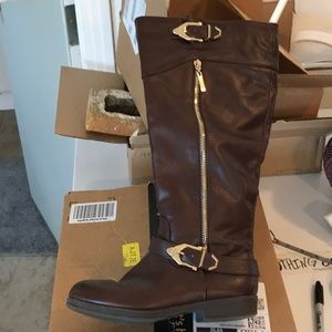 Brown faux leather boots. 8.5 around calf size 7